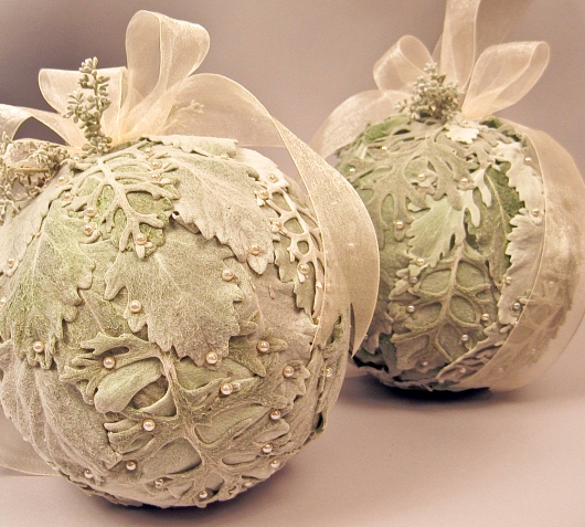 Pomanders by Mobtown Florals